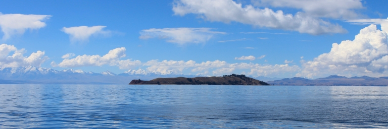 Isla de la Luna boat